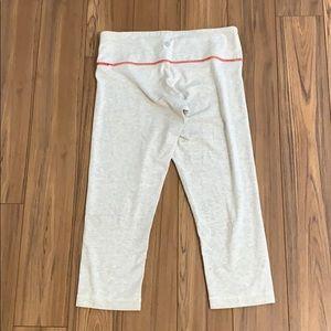 Lululemon Off White Cropped Leggings size 6 EUC